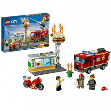 Lego City 60214 City Fire Stingerea incendiului de la Burger Bar